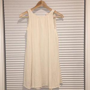 White Flowy Dress. XXSP. Loft.